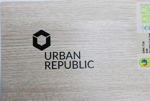Ispis logotipa na drvenim materijalima tvrtke WER-D4880UV 2