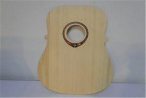 Uzorak drvene gitare iz UV pisača veličine WER-DD4290UV